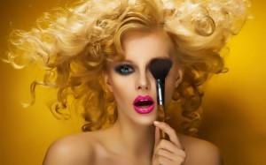Makeup-900x1440-1024x640